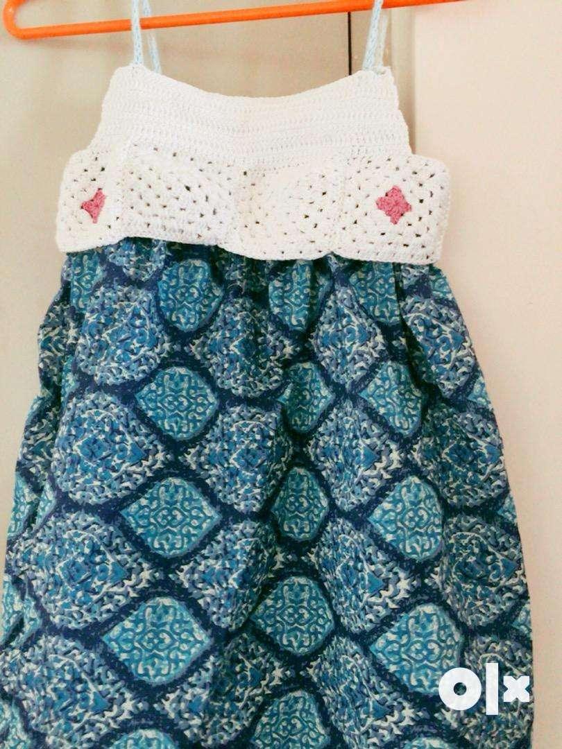 Crochet dress / yarn work, paper bags