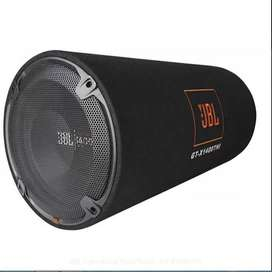 5 MONTH OLD CAR AMPLIFIER AND 12 INCH JBL SUBWOOFER