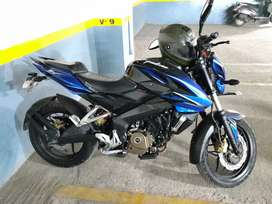 Pulsar 200 NS in excellent condition with changed parts