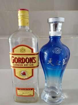 2 Botol Kosong Bekas dan Bertutup utuh.