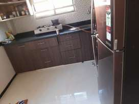 Want Working female flatmate urgent basis in parijat nagar signal