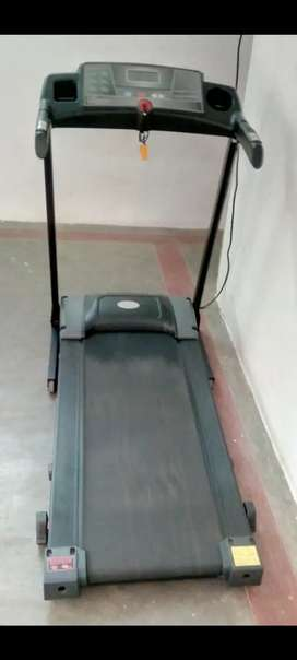 Treadmill for sale Good conditions light uesd