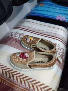 Di Jual Sepatu Anak Blink-Blink Size 29