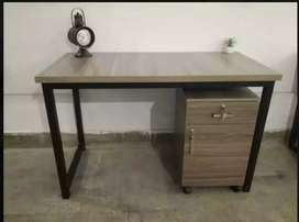 Computer Table / Study Table / Linear Workstation