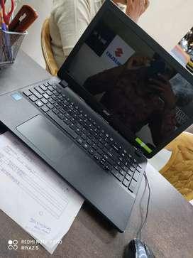 Acer Espire Laptop for Sale 4 gb ram 1 TB hard disk Intel Pentium