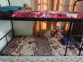 Double story bed