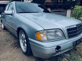 Mercedes benz c200 manual seger