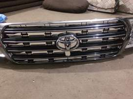 Toyota Land Cruiser 2010 Grill