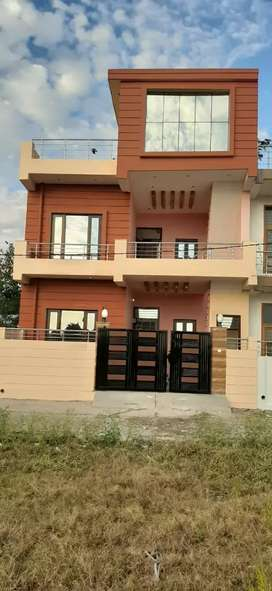 Newly duplex  house for sale at Donali chowk.