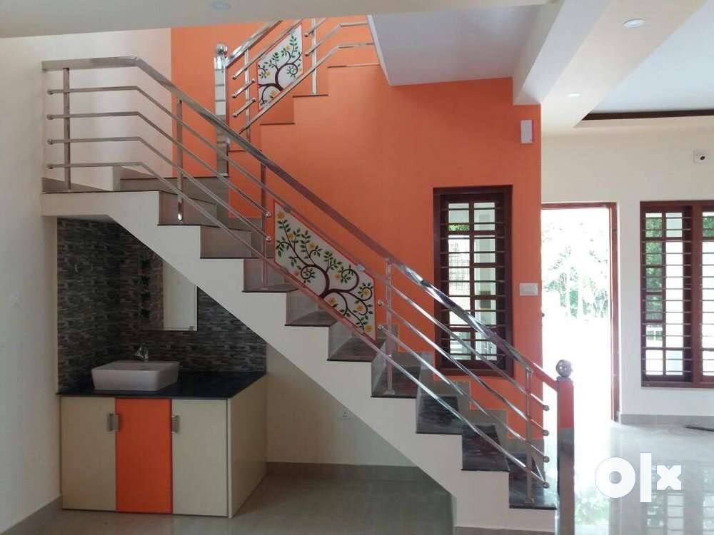 3 bhk residential house for sale at palakkad town in 5 cent land