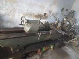 Lathe machine selling