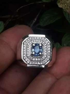 Cincin blue safir ceylin tabur berlian