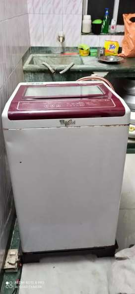 Whirlpool washing machine In mint condition