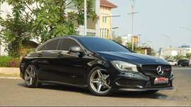 Mercedes Benz CLA200, 2014 Black On Black Perfect!!