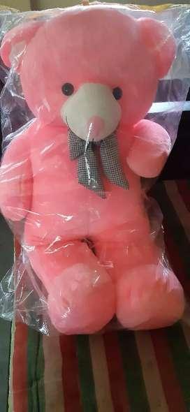 Sweet teddy bear for childrens