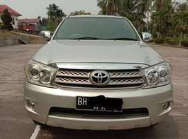 Toyota Fortuner G 2010