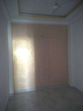 Semi furnished flat available 1 bhk in DLF Ankur Vihar