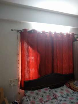 8 NOS CURTAINS IN VERY GOOD CONDITION BRAND NEW