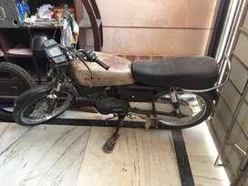 Rx 135 Engine ok chalu Condsion Mein Hai RC Padhi Hai ViP No. 2334
