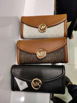 MICHAEL KORS MK WOMEN'S BAG AND CLUTCHES