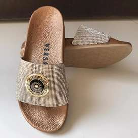 Brand Nike Gucci slippers available