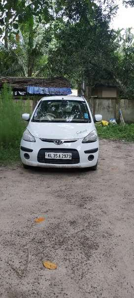 Urgent sale small scratches new battery frnd 2 tyre new back 76%
