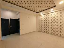 SPACIOUS 3 BHK with 3 Washroom Flat Near NRI CHOWRAHA JAGATPURA