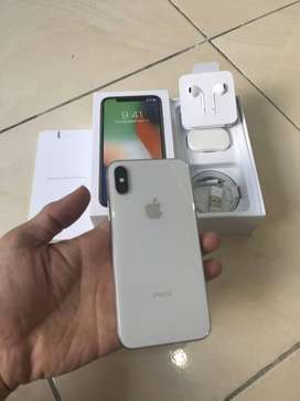buy I phone x with all accessories in very good condition.
