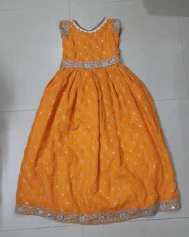 Gown type frock for girls