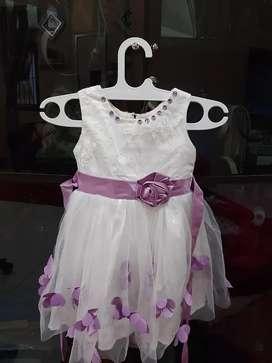 baju gaun anak ungu