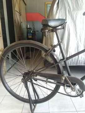 Sepeda Antik gak tahu merknya