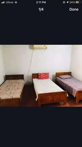 room for rent in f8 house