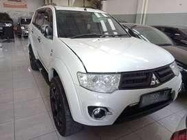 Mitsubishi Pajero Sport Dakar 2014 Putih Matic Ada Sunroof No PR