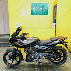 Fresh and well condition Bajaj Pulsar 180twin disc ABS