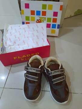 Sepatu Fladeo brown