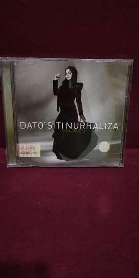 CD ALBUM MUSIC ORIGINAL DATO'SITI NURHALIZA FRAGMEN