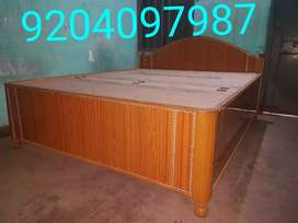 Beautiful box bed having size 5/6.5