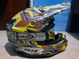 helm cross GM mulus