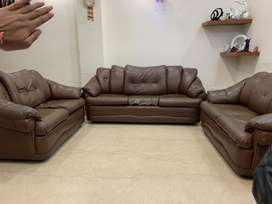 7 seater sofa set, in mint condition and very trendy
