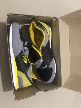Sepatu garsel sports
