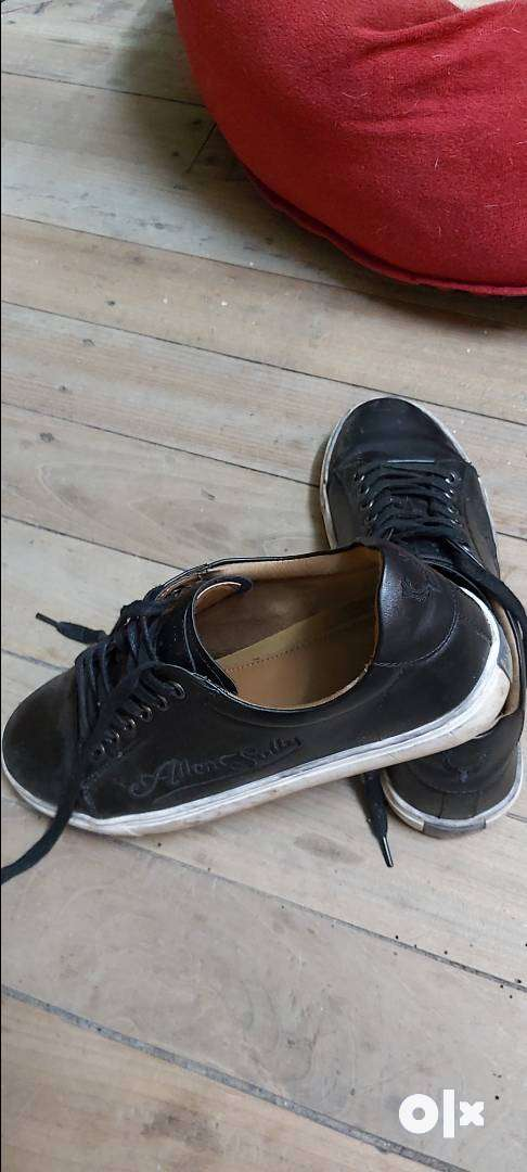 Black shoes from Allen Solly. Size 6 0