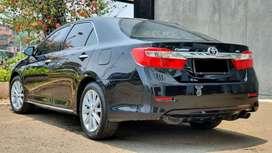 Km.54rb Toyota Camry 2.5 V AT Facelift Hitam 2013