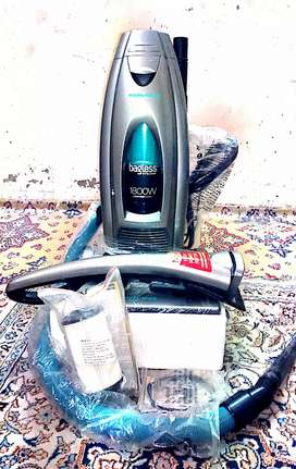 Brand new vacume cleaner original condition with all accessories