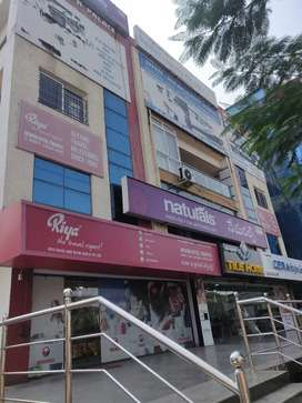 Commercial property for rent Ground Floor
