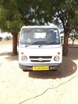 Tata magic taxi good codition life time tax paid