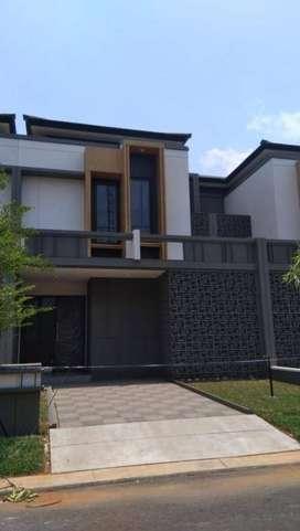 Rumah disewakan Alam Sutera Victoria Serpong Tangerang dekat Tol IKEA