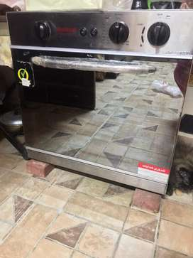 Gas grill oven