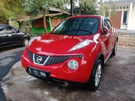 Nissan juke rx merah metalik