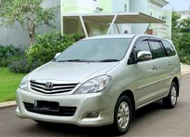 ANTIK!! Toyota Kijang Innova V A/T Solar Diesel 2011 Low KM pajak pnjg