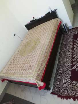 Diwan bed with sofa